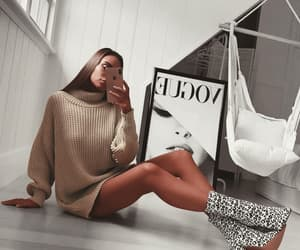 fashion, fashion blogger, and fashionista image