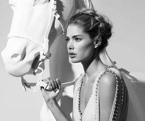Doutzen Kroes, model, and horse image