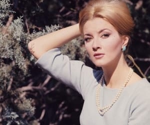blonde, nature, and perla image