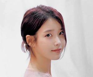 kpop, 아이유, and soloist image