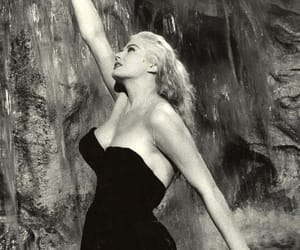 la dolce vita and old movie image