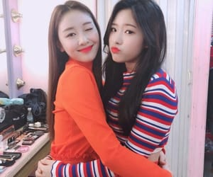 yves, olivia hye, and loona image