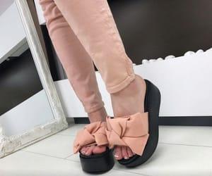 موضة, احذية بنات, and احذية شتوية image