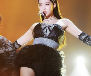aesthetic, kpop, and jennie solo image