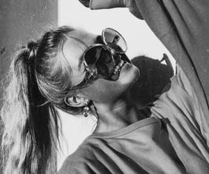 aesthetic, girl, and sunglasses image