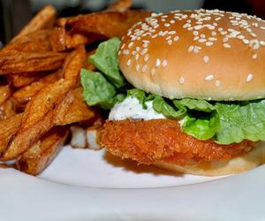 food, hamburger, and Chicken image