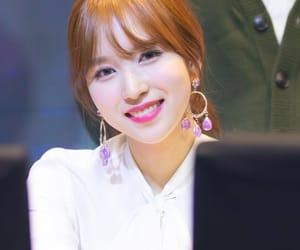 kpop, sana, and nayeon image