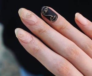 nails and unha image