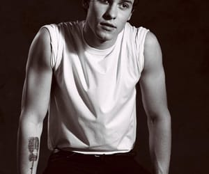 shawn mendes, Hot, and shawn image