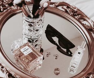 accessories and perfume image