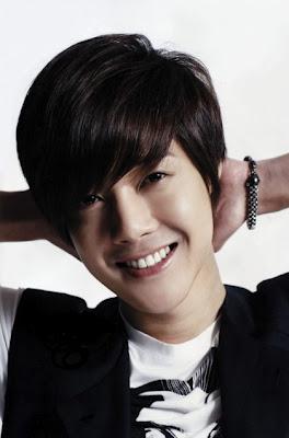 kim hyun joong, Boys Over Flowers, and playful kiss image
