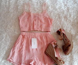 conjunto, pink, and fashion image
