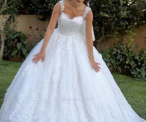 white wedding dresses, wedding dresses ball gown, and wedding dresses cheap image
