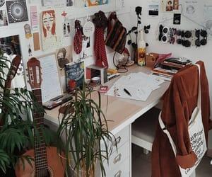 bedroom and desk image