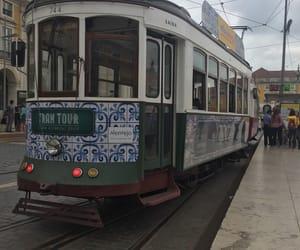 tram, lisbonne, and Ⓛⓘⓢⓑⓞⓐ image