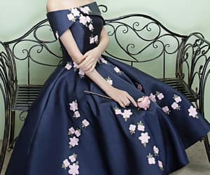 navy prom dresses, appliques prom dresses, and prom dresses blue image