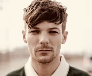 direction, sexy, and louis tomlinson image