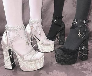 grunge, shoes, and zapatos image