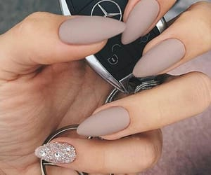 nagels, 💅, and mercedes image
