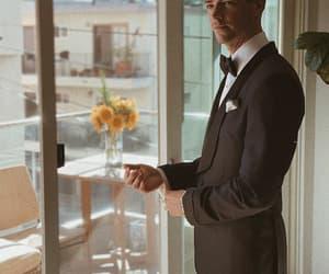 groom, grant, and theflash image