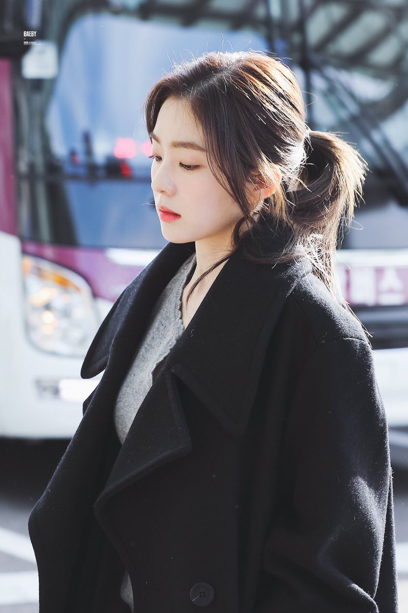 Red Velvet Irene Discovered By Book Ss On We Heart It