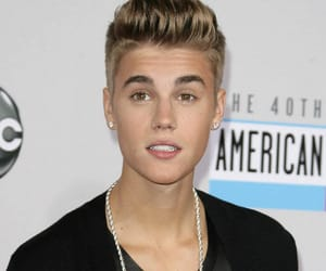 justin beiber and fit boys image