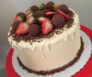 cake and strawberry image