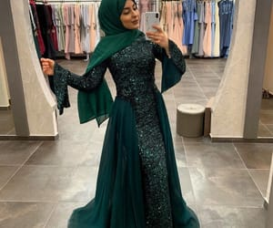 emerald, fashion, and hijab image
