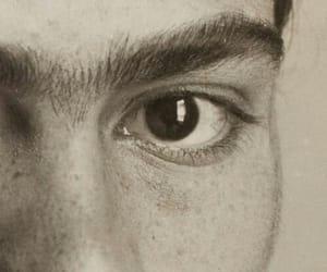 eyes and frida kahlo image