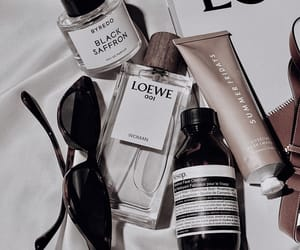 cosmetics, shades, and details image