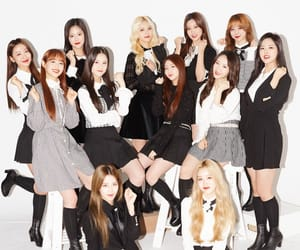 chuu, heejin, and ot12 image