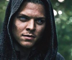 vikingos, ivar, and alex hØgh anderson image