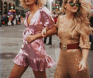 pink, sparkle, and loveshackfancy image