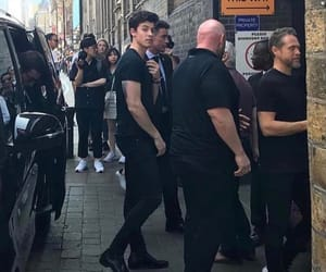 shawn mendes and bodyguard image