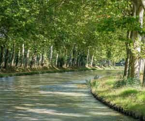 midi canal cruise and midi canal barge image