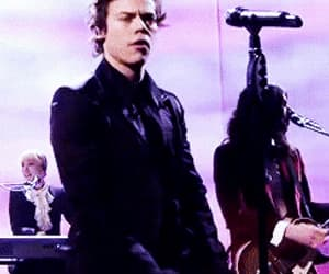 gif, Harry Styles, and sign of the times image