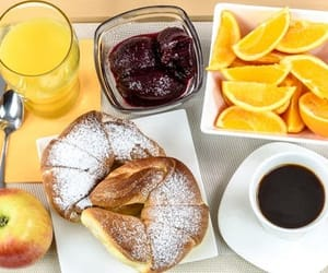 coffee and FRUiTS image