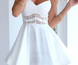 sexy prom dresses, prom dresses white, and homecoming dresses lace image