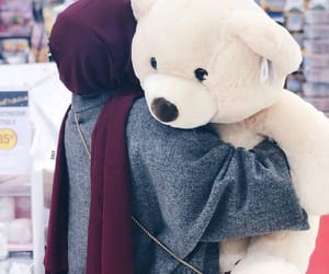 teddy bear, hijab fashion, and رمزيات محجبات image