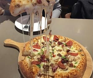 cheese, eat, and pizza image