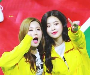 idle, soojin, and miyeon image