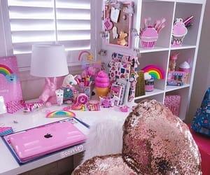 pink and unicornio image