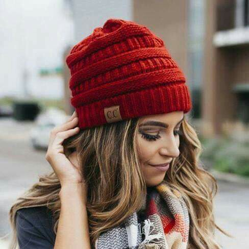 accesories, beanies, and girls image