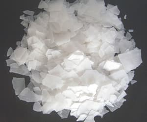 chemical manufacturers and caustic soda flakes image