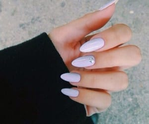 nails and tumblr image
