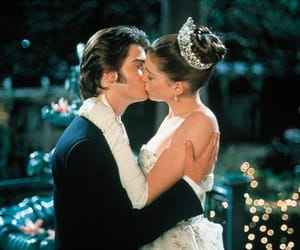 kiss, Anne Hathaway, and the princess diaries image