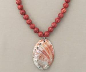 hawaiian, necklace, and shell image