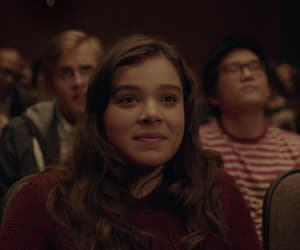 hailee steinfeld and the edge of seventeen image