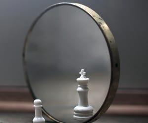 chess, mirror, and king image