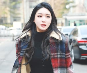 korean, kpop, and chungha image